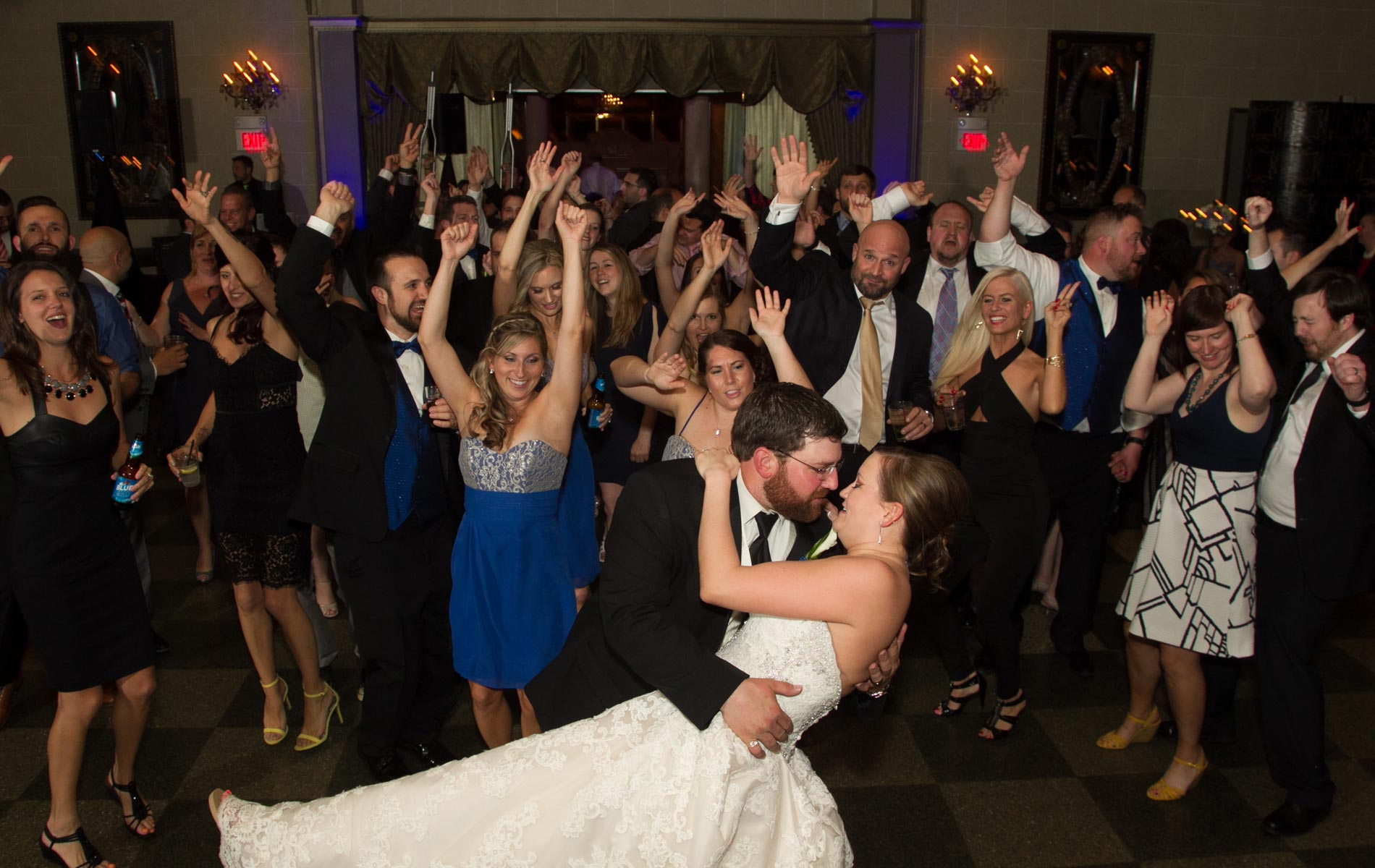Beautiful May Wedding In Buffalo Ny Fisher Creative Image