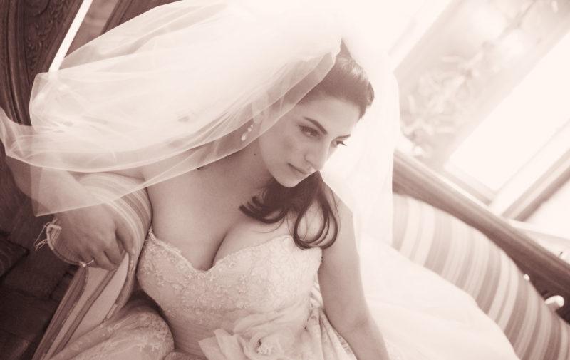 Bride-portraits-at-home2